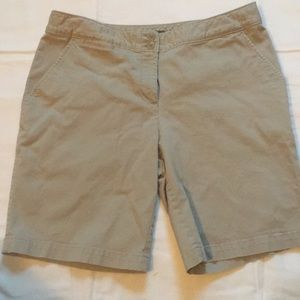 EUC Tommy Bahama khaki shorts